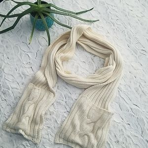 Bath and Body Works Cable Knit Scarf